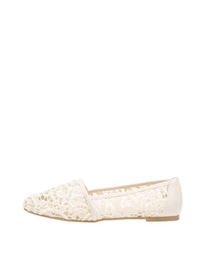 LACE BALLERINAS