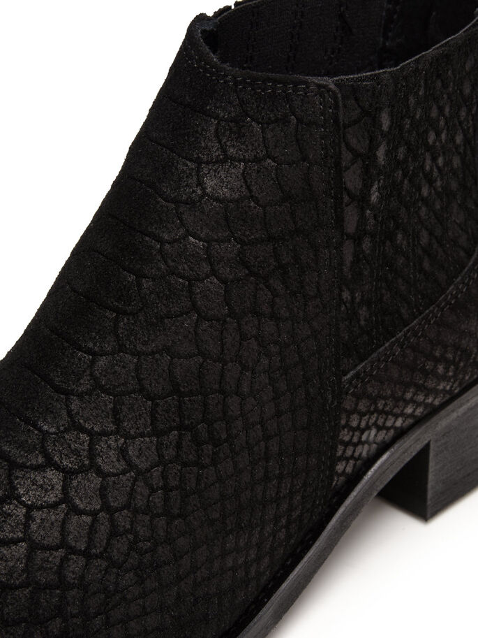 LOW CUT REPTILE BOOTS, Black, large