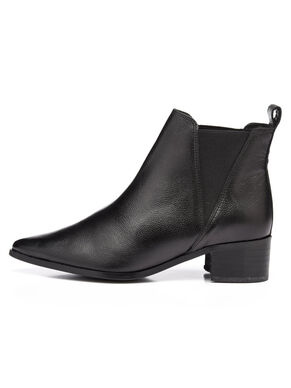 POINTY DRESS CHELSEA BOOTS