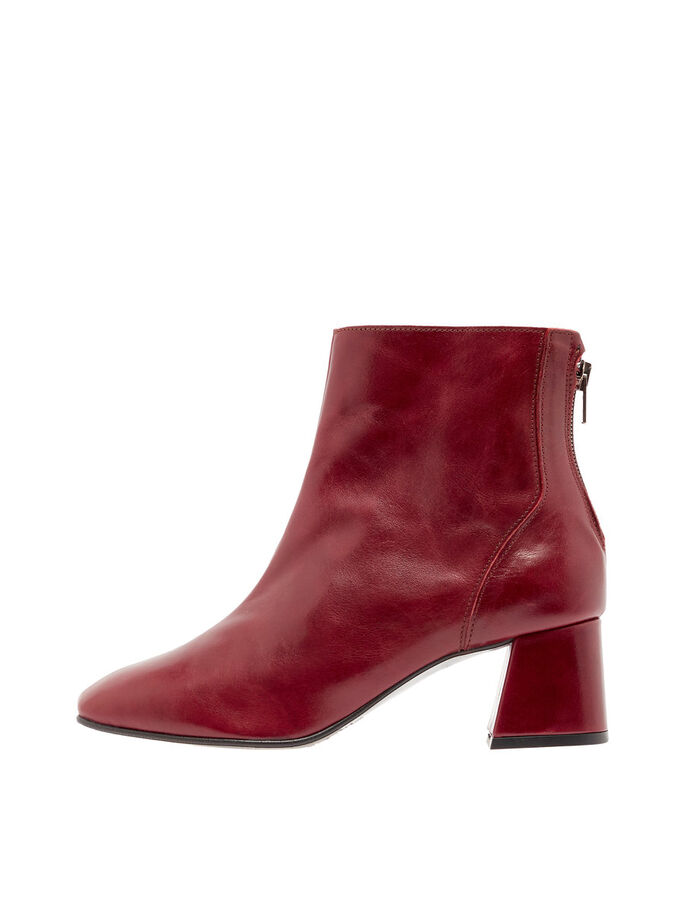 FLAIRED HEEL ANKLE BOOTS, Winered, large