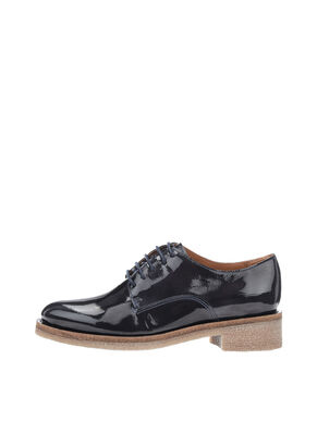 CASUAL PATENT DERBY SHOES