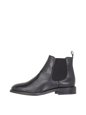 CLASSIC LEATHER CHELSEA BOOTS