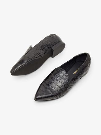 BIATRACY LEATHER LOAFERS