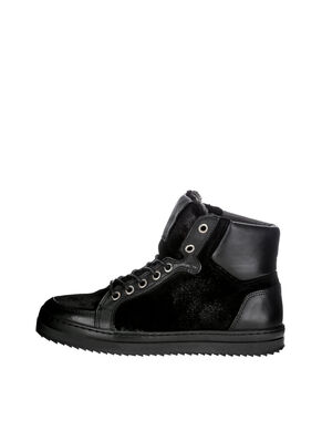 WARM SKATER BOOTS