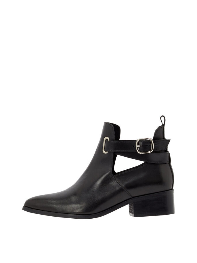 3e1d7cf56b8cc Pointed ankle strap ankle boots | BIANCO